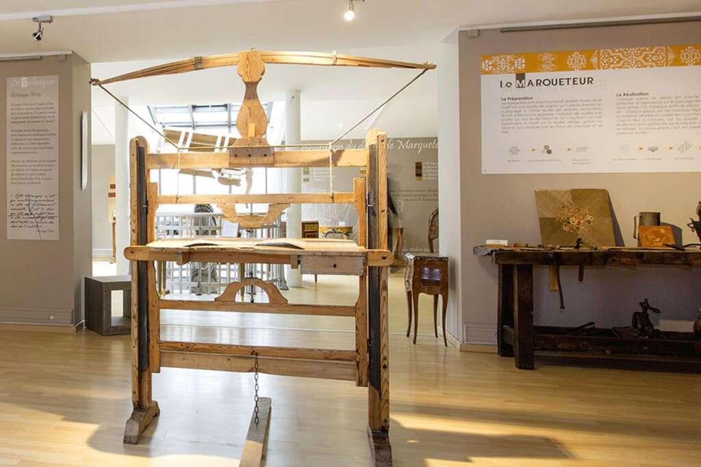 Outils anciens en bois au Musée de Revel